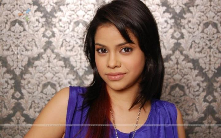 Sumona Chakravarti 	1999 naked (97 foto and video), Ass, Is a cute, Selfie, cleavage 2017