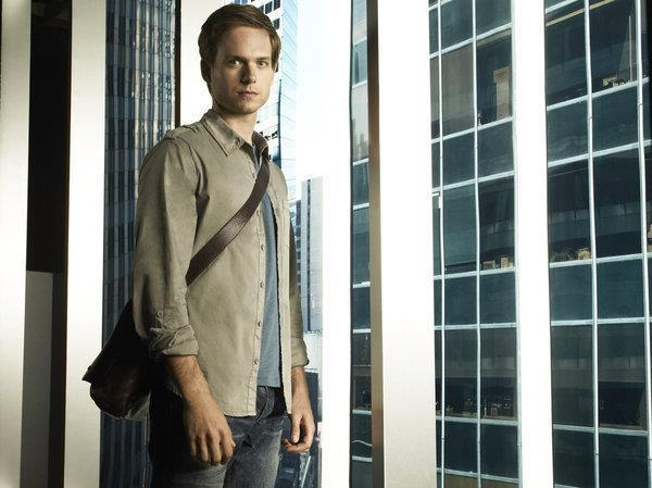 Patrick J. Adams (Mike Ross) Wiki, Age, Height, Weight, Wife, Net Worth