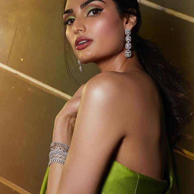Athiya Shetty Wiki, Age, Height, Weight, Movies & Family 3