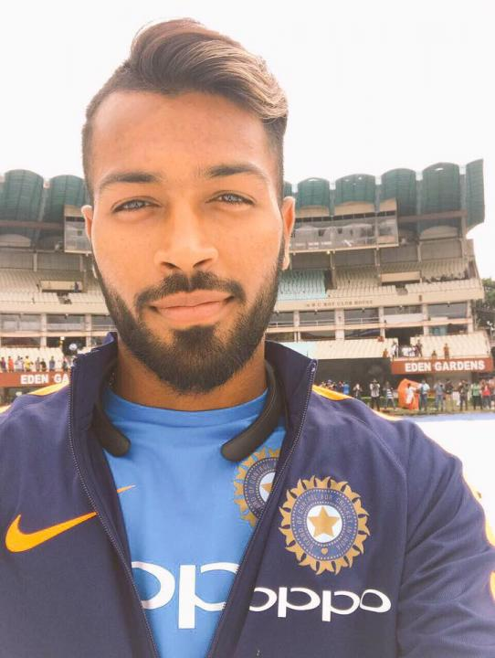 Hardik Pandya (Cricketer) Wiki, Age, Height, Family, Photos & More.