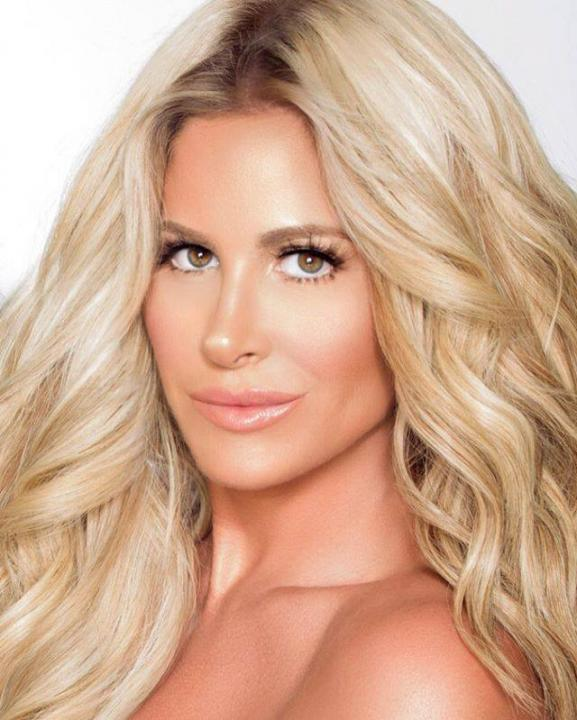 Kim Zolciak Wiki, Age, Height, Weight, Parents, Children, Snapchat & Net Worth