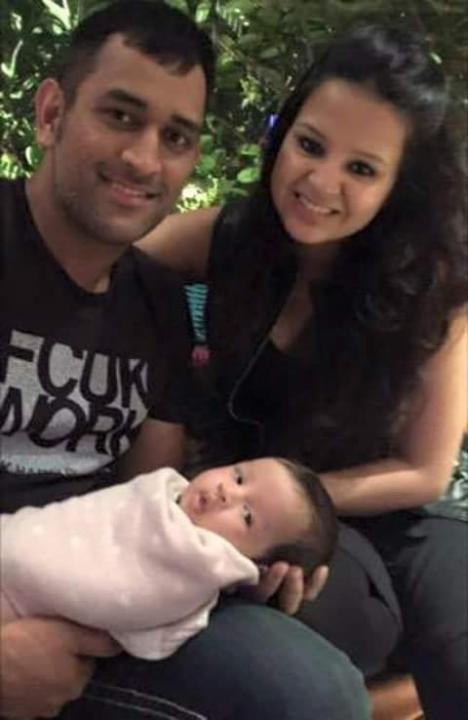 Sakshi Dhoni Wiki, Age, Height, Baby, Love Story