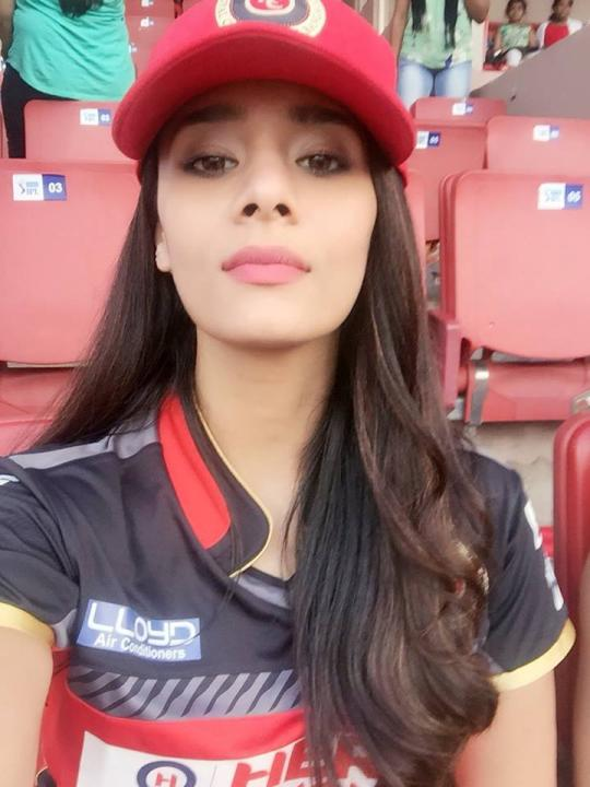 Mayanti Langer Wiki, Height, Age, Family, Marriage