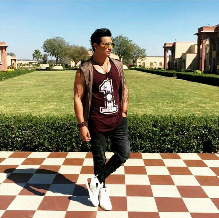 Prince Narula Wiki, Height, Weight, Age, Girlfriend, Facebook