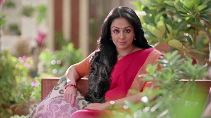 Jyothika Sadanah Wiki, Age, Height, Weight, Movies, Songs & family Photos