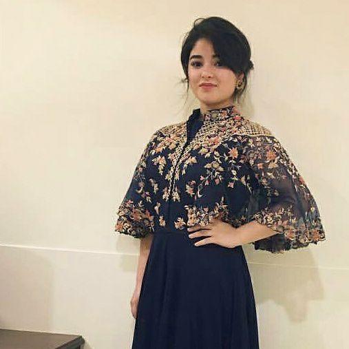 Zaira Wasim Wiki, Age, Height, Weight, Facebook, Instagram, salary and net worth