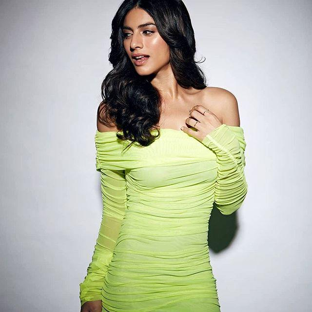 Sapna Pabbi biography