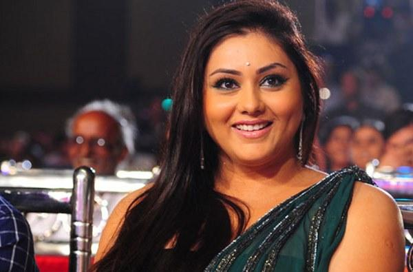 Namitha Wiki, Age, Height, Weight, Family, Instagram & More