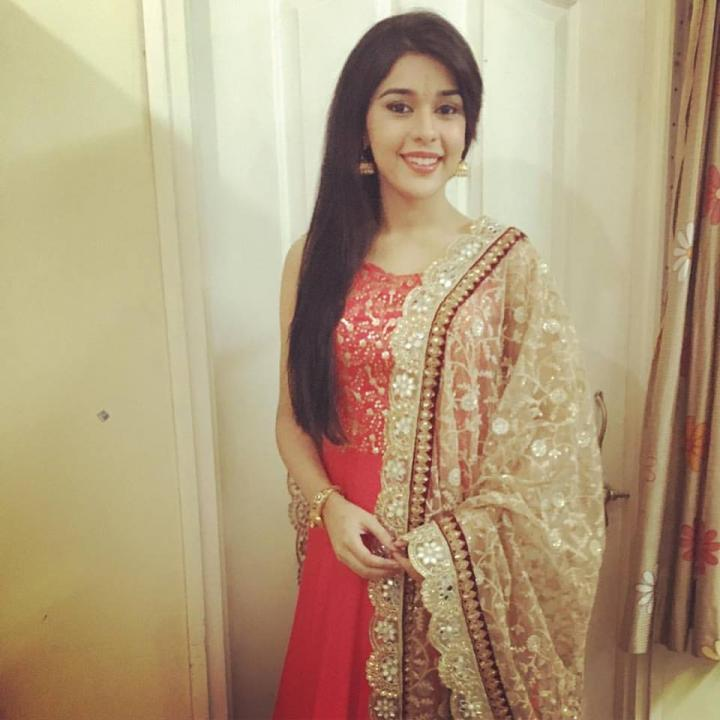 Eisha Singh Wiki, Age, Height, Weight, Family & More
