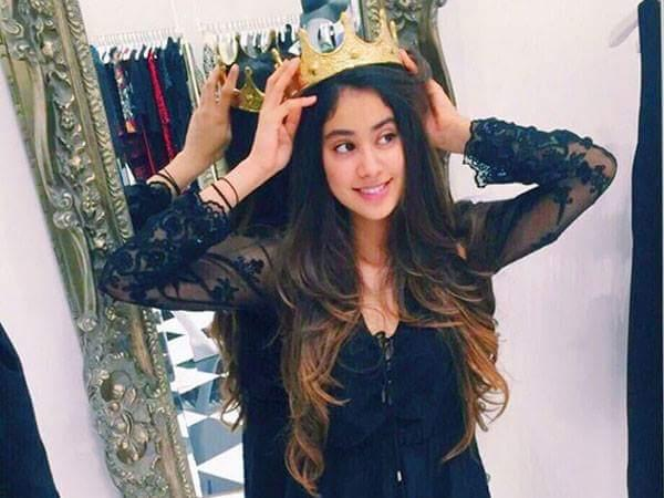 Jhanvi Kapoor Wiki, Age, Height, Weight, Education and More