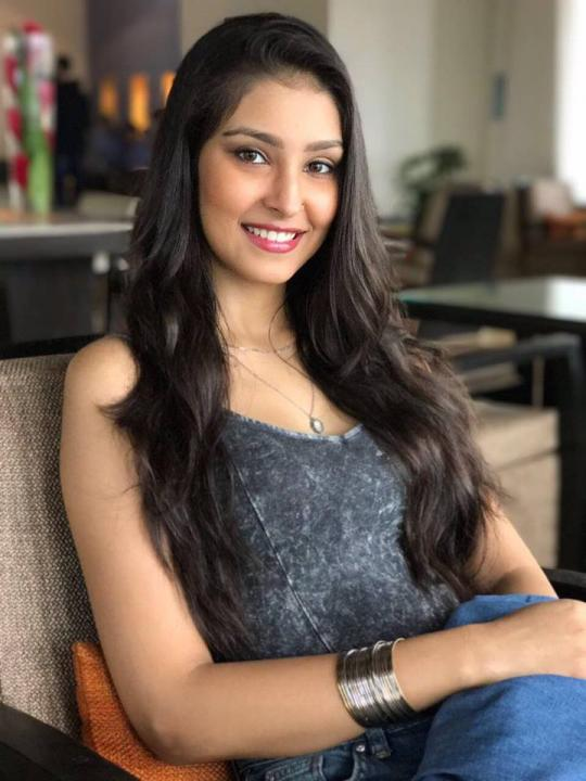 Navneet Kaur Dhillon Wiki, Age, Height, Weight, Family & More