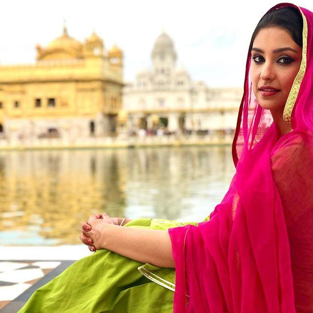 Navneet Kaur Dhillon biography