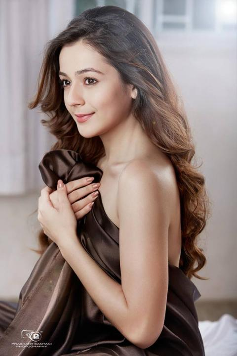 Priyal Gor Wiki, Age, Height, Weight, Photos, Serial