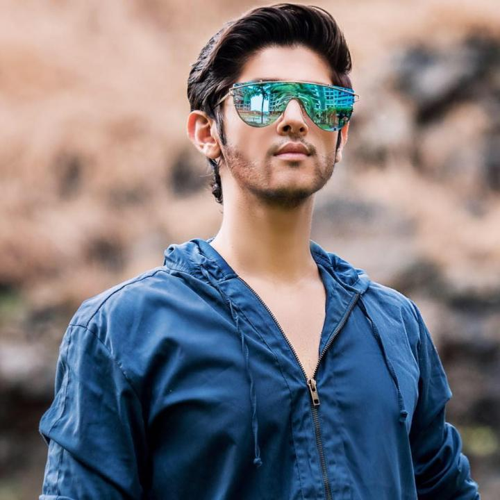 Rohan Mehra Wiki, Age, Weight, Height, Family, Facebook