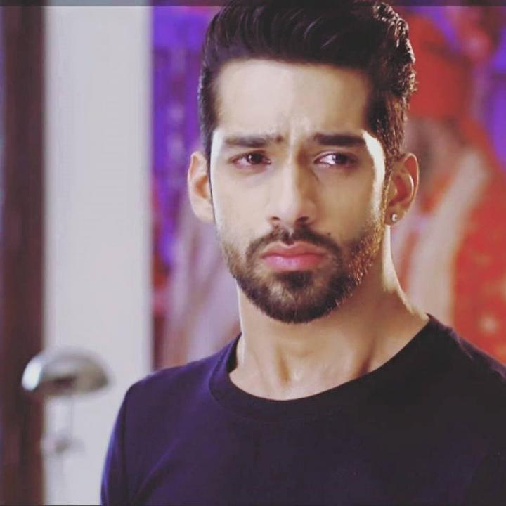 Karan Vohra Wiki, Height, Weight, Images, Family, Wife