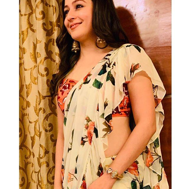 Priyal Gor Wiki, Age, Height, Weight, Photos, Serial 5