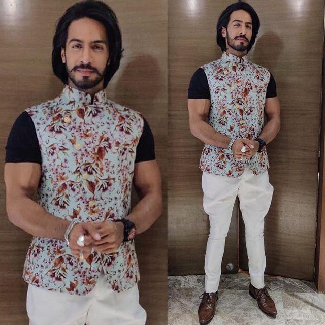 Thakur Anoop Singh Wiki, Age, Height, Weight, Images 7