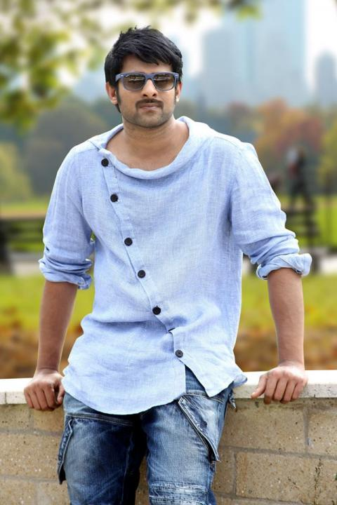 Prabhas Wiki, Biodata, Age, Height, Weight, Wife, Family