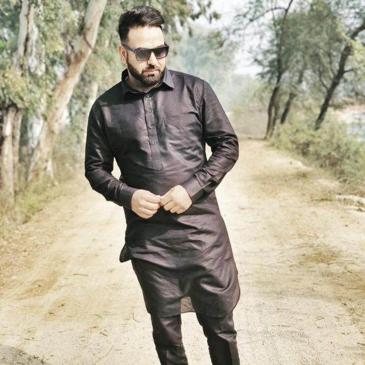 Sukh Sanghera (Punjabi Video Director) Wiki, Age, Height, Weight