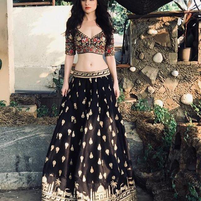 Sanjeeda Sheikh Wiki, Age, Height, Weight, Husband, Family 1