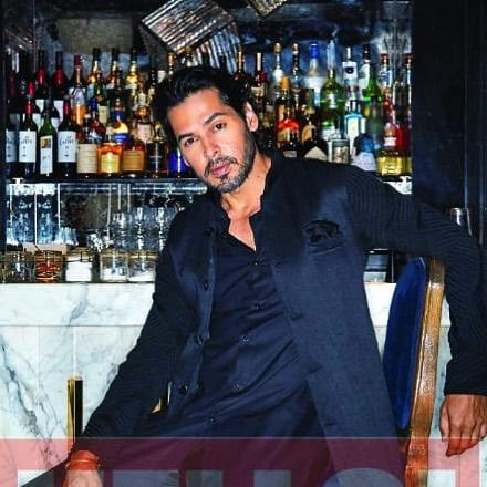 Dino Morea Wiki, Age, Height, Weight, Wife, Marriage, Family 8