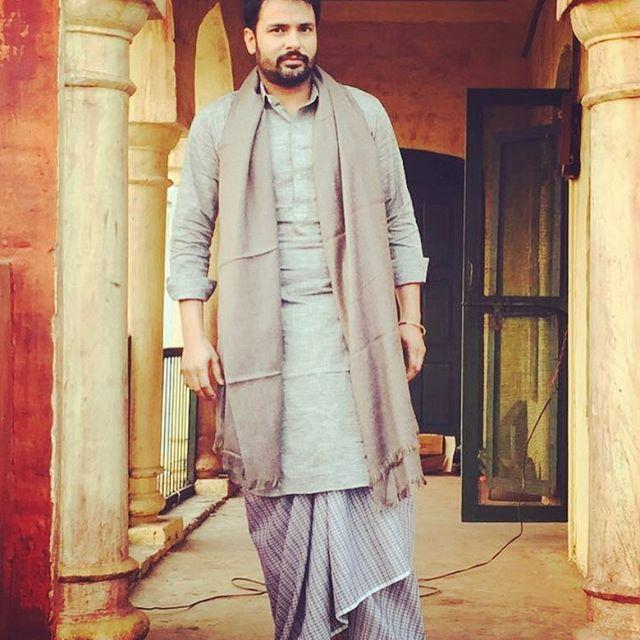 Amrinder Gill Wiki, Songs, Sad Songs, Age, Movies, Height, Weight 1