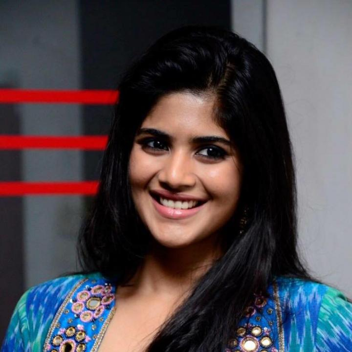 Megha Akash Wiki, Age, Weight, Height, Images & Instagram