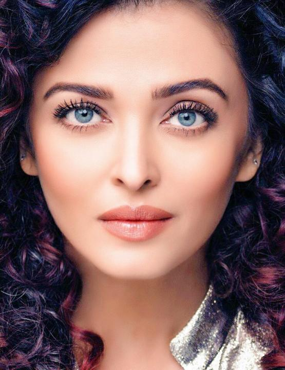 Aishwarya Rai Wiki, Age, Height, Weight, Movies, Family