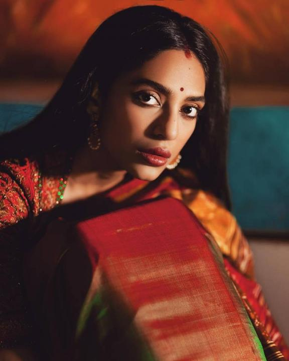Sobhita Dhulipala Wiki, Age, Height, Weight, Caste, Family