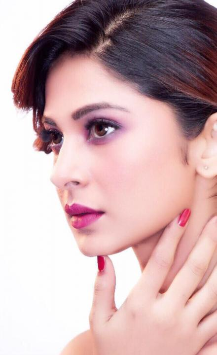 Jennifer Winget Wiki, Biography, Son, Husband, Marriage