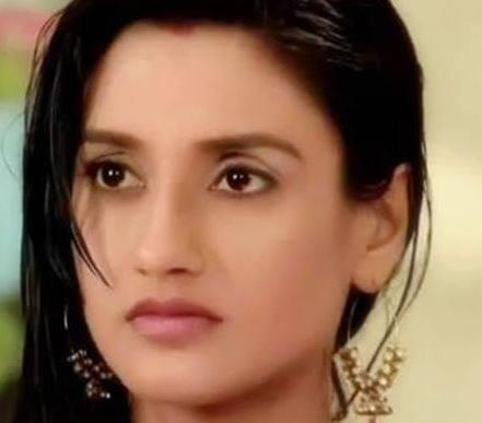 Rati Pandey Wiki, Age, Height, Weight, Husband, Marriage, Pics