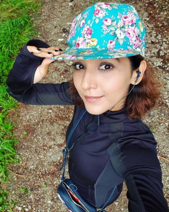 Neeti Mohan Wiki, Biography, Age, Height, Weight, Husband, Sisters