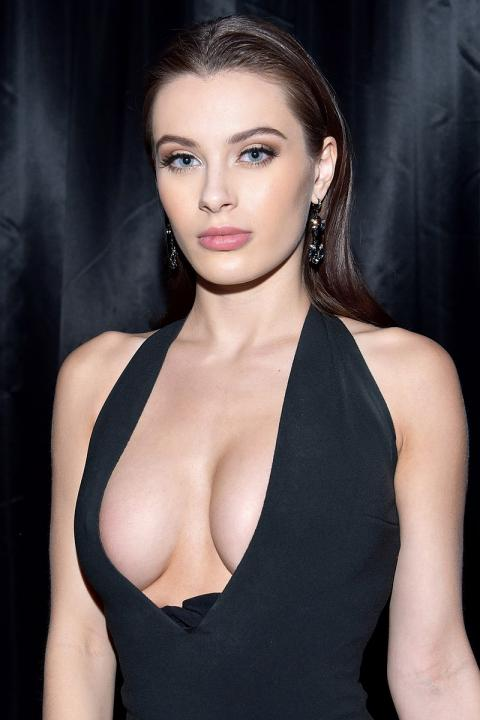 Lana Rhoades Wiki, Biography, Age, Height, Weight, Images