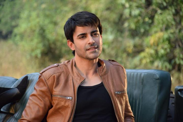 Gautam Rode Wiki, Biography, Age, Height, Wife & Net Worth