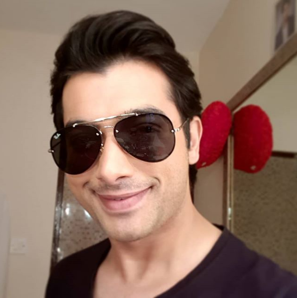 Sharad Malhotra Wiki, Biography, Age, Weight, Wife, Family, Awards