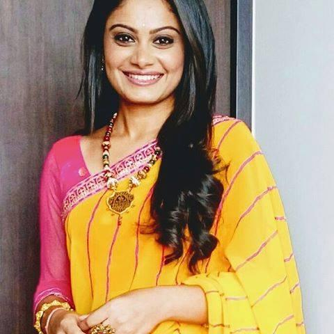 Toral Rasputra Wiki, Biography, Age, Height, Husband, Images