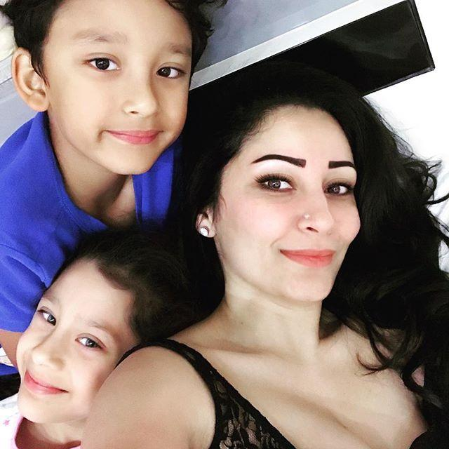 Manyata Dutt Wiki, Biography, Age, Height, Instagram, Family