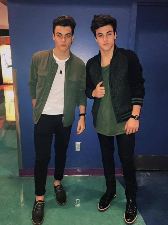 Dolan Twins Wiki, Biography, Age, Height, Salary, Net Worth