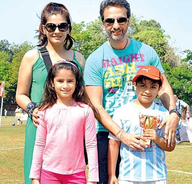 Rasha Thadani With Family