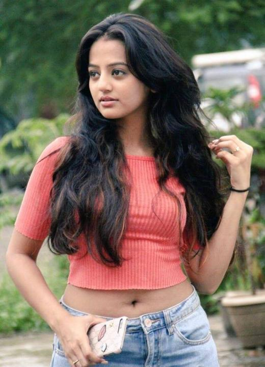 Helly Shah Wiki, Biography, Age, Family, Sister, Serial