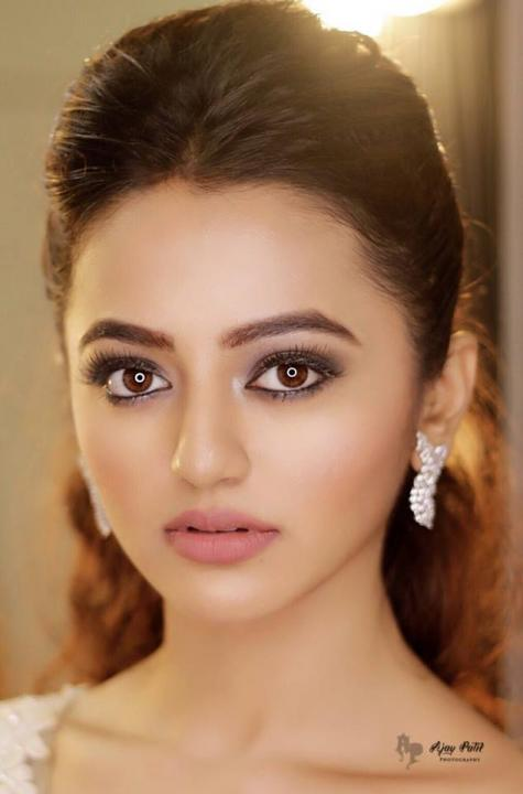Helly Shah Wiki
