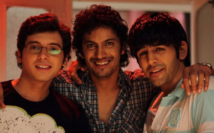 Divyendu Sharma as liquid in Pyar Ka Punchnama
