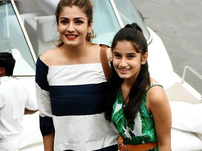 Rasha Thadani With Mother