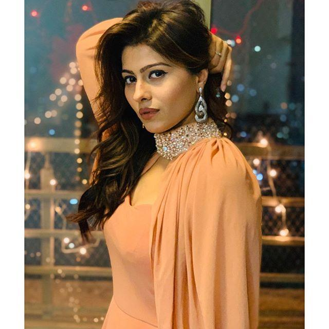 Aparna Dixit Biography