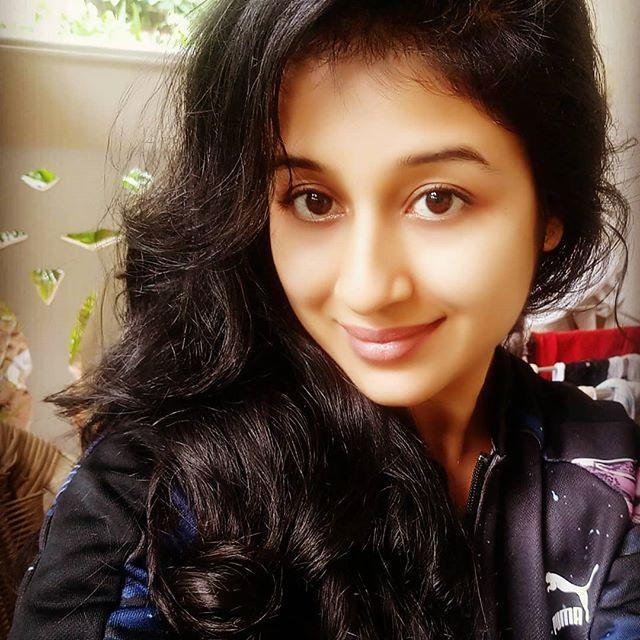 Paridhi Sharma wiki