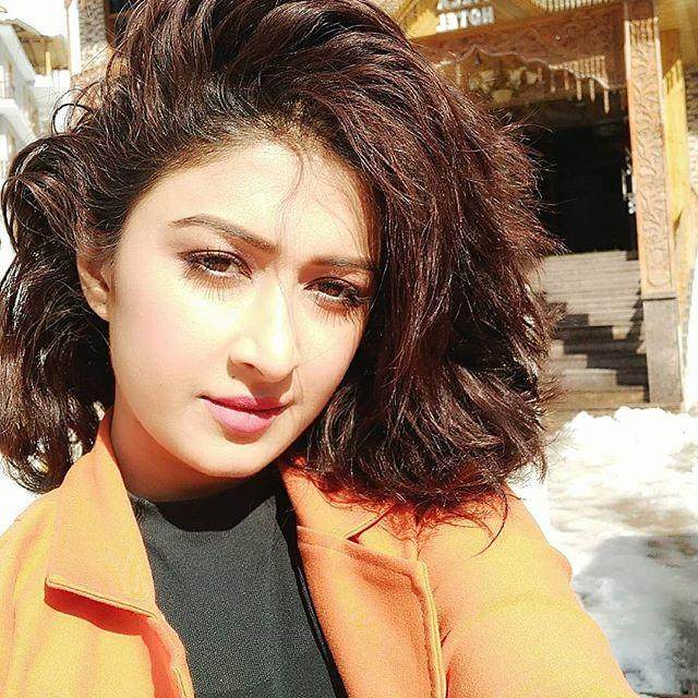 Farnaz Shetty Biography