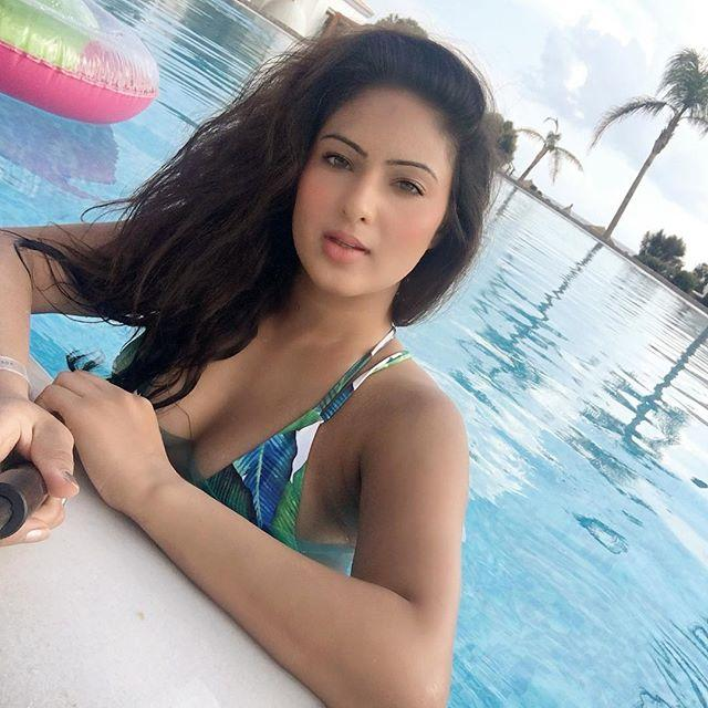 Nikesha Patel Biography, Wiki, Age, Height, Family, Salary & Images 2