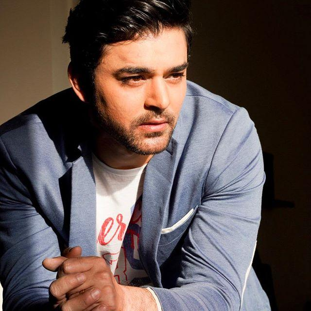 Mohit Abrol Biography