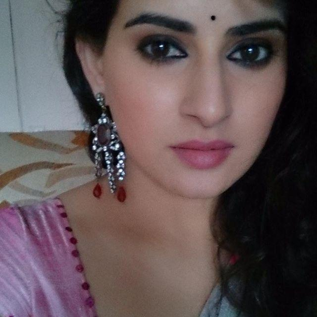 Archana Shastry Wiki, Biography, Husband, Age, Family, Salary & Images 1