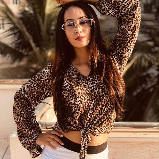 Minal Mogam Wiki, Biography, Age, Height, Family, & Images 3